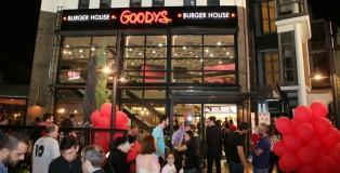 Goody's Burger House_Εγκαίνια Μπουρνάζι_2