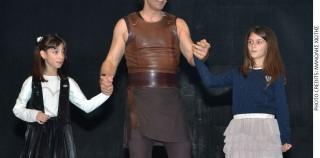 HΡΑΚΛΗΣ, ΟΙ 12 ΑΘΛΟΙ: Η θεατρική υπερπαραγωγή συμπλήρωσε 3 μήνες επιτυχίας, με το Σάκη Ρουβά στο ρόλο του μυθικού ήρωα